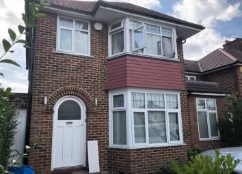 Thumbnail 3 bed maisonette to rent in Beverly Drive, Edgware