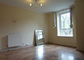Thumbnail 4 bedroom flat to rent in Long Lane, London