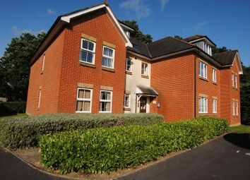 Thumbnail 2 bed flat for sale in Dean Road, Southampton