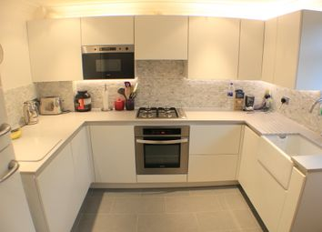 Thumbnail 3 bedroom flat to rent in Thornlaw Road, London