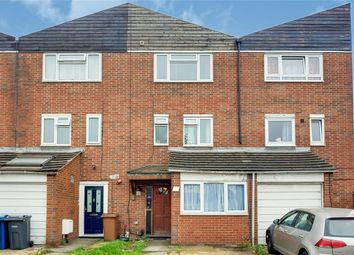 Montrose Road, Wealdstone, Harrow, Middlesex HA3. 5 bed town house