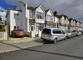Thumbnail 4 bed end terrace house to rent in Kings Avenue, Hounslow