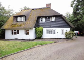 5 bed detached house to rent in South View Road, Pinner Hill, Pinner HA5