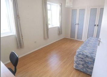 Thumbnail 3 bed flat to rent in Ashwood Road, Englefield Green, Egham