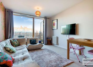 Thumbnail 2 bed flat to rent in Furrow Lane, London