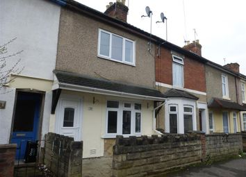 Thumbnail 3 bedroom property to rent in Caulfield Road, Swindon