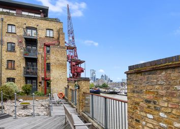 Thumbnail 2 bedroom flat for sale in Tempus Wharf, Shad Thames