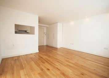 Thumbnail 1 bed flat to rent in York Way, London
