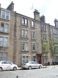 Thumbnail 1 bed flat to rent in Gr Morgan Street, Dundee