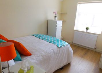 Room to rent in Room 6, 1 Keppoch Street, Cardiff CF24