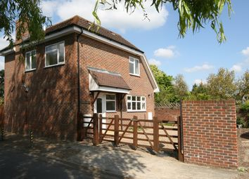 Thumbnail 3 bed detached house to rent in Victoria Road, Edenbridge