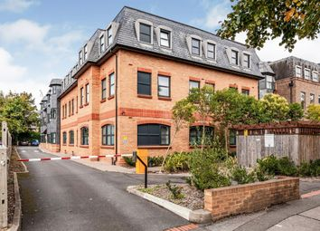 The Grove, Slough SL1. 2 bed flat for sale