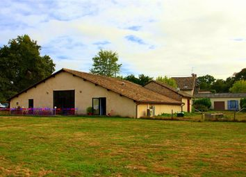 Thumbnail 9 bed property for sale in Aquitaine, Dordogne, Montpon Menesterol