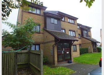 Thumbnail 1 bedroom flat for sale in Littlebrook Avenue, Burnham, Slough, Berkshire