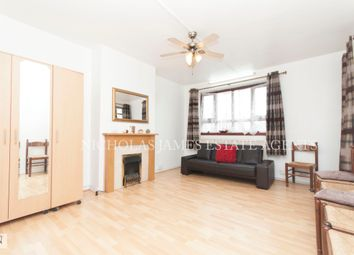 Thumbnail 3 bed flat to rent in Green Lanes, Haringey