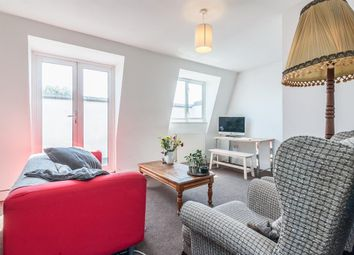 Thumbnail 3 bed flat to rent in Narford Road, London