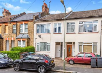 2 bed maisonette for sale in Brownlow Road, Finchley N3