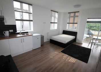 Thumbnail Studio to rent in Burnside Road, Chadwell Heath