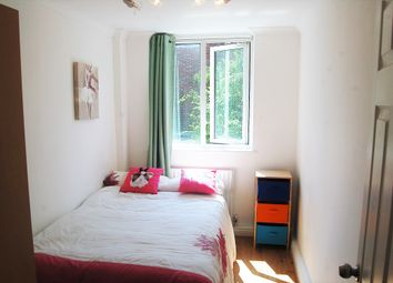 Thumbnail Room to rent in Winchester Avenue, Brons, London