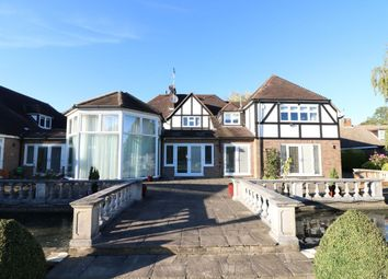 Thumbnail 9 bed detached house to rent in High Wych Road, Sawbridgeworth