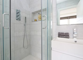 Thumbnail 2 bed flat for sale in Porchester Place, Hdye Park