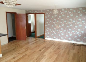 Thumbnail 2 bed flat to rent in Bath Road, Knowl Hill, Berkshire