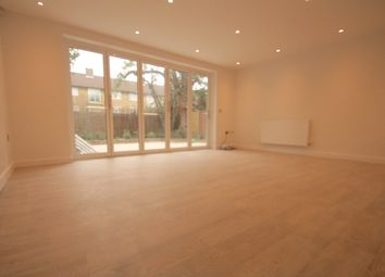 Thumbnail 3 bed flat to rent in Avenue Road, Harringay, Seven Sisters