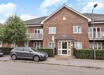 Thumbnail 1 bedroom flat to rent in Abbey Barn Road HP11,