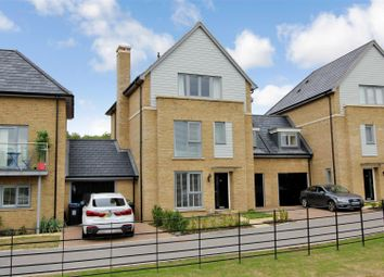 Thumbnail 5 bed town house for sale in Executive Townhouse, Kings Copse, Leverstock Green