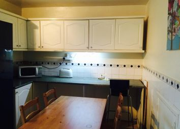 Thumbnail 4 bed maisonette for sale in Smithy Street, London