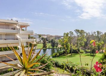Thumbnail 2 bed apartment for sale in Guadalmina Alta, Malaga, Spain