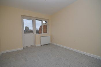 Thumbnail 1 bed flat to rent in Broadwalk, Crawley, West Sussex
