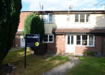 Thumbnail 1 bedroom property to rent in Kingfisher Close, Farnborough
