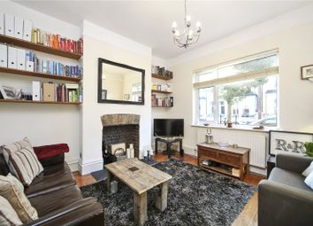 Thumbnail 1 bed flat to rent in Glengall Road, London