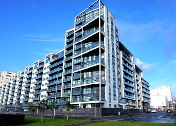 Thumbnail 2 bed flat for sale in 98 Lancefield Quay, Glasgow