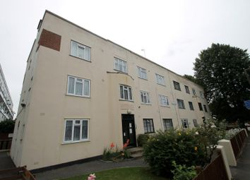 1 bed flat to rent in Benhill Wood Road, Sutton SM1