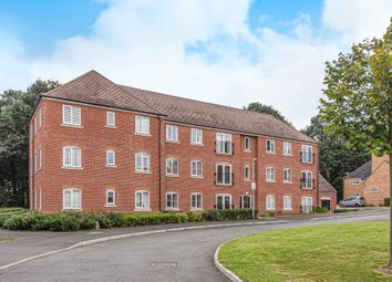Thumbnail 2 bed flat for sale in Waratah Drive, Chislehurst, Kent