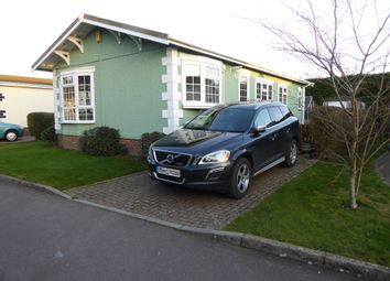 Thumbnail 2 bed mobile/park home for sale in Cherry Tree Close, Orchard Park (Ref 6087), Chieveley, Newbury, Berkshire