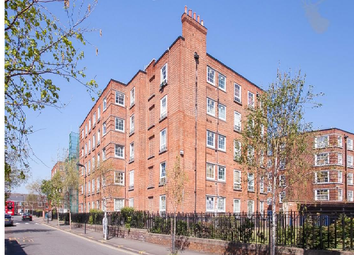 Thumbnail 1 bed flat for sale in Homerton Road, Hacney