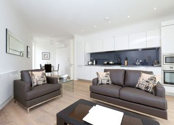 Thumbnail 1 bed flat to rent in Leathermarket Street, London