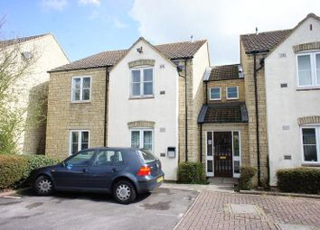 Thumbnail 1 bed flat to rent in Avocet Way, Bicester, Oxfordshire