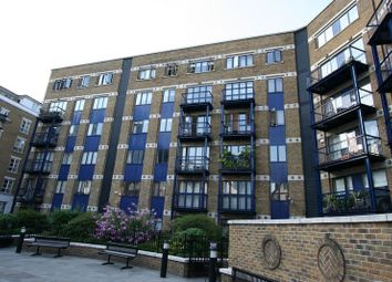 Thumbnail 1 bed flat to rent in Bishops Court, Spitalfields