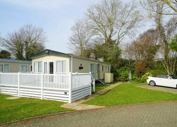 The Willows White Horse Holiday Park, Selsey PO20. 3 bed mobile/park home for sale