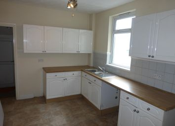 Thumbnail 4 bed property to rent in North Road, Ferndale