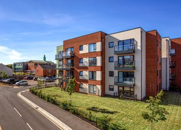 Thumbnail 1 bed flat for sale in Finefield Walk, Slough