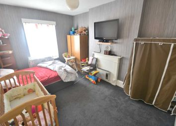 Thumbnail Studio to rent in London Road, Earley, Reading