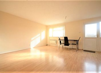 Thumbnail 3 bed flat to rent in Three Bedroom Apartment, Hudson Road, Woodley