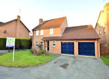 Thumbnail 4 bedroom detached house to rent in Bedfordshire Down, Warfield, Bracknell, Berkshire