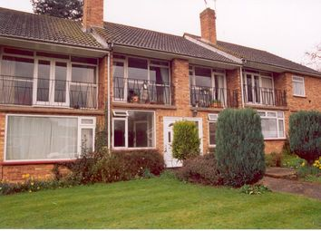 Thumbnail 2 bedroom maisonette for sale in Hermitage Drive, Twyford