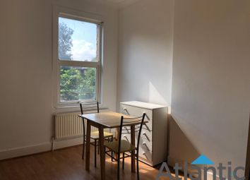 Thumbnail 1 bed flat to rent in 41 Bowes Road, Palmers Green
